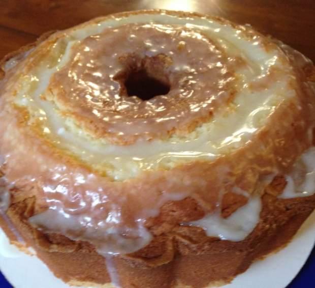 mommas pound cake 1