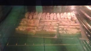 biscotti-baking