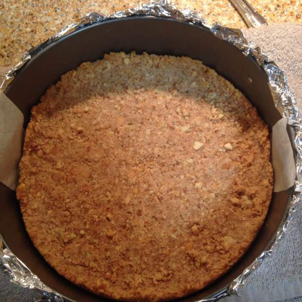 pecan-praline-cheesecake-crust